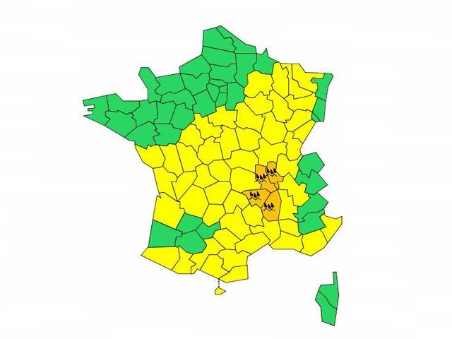 L'Ardèche, la Loire, la Haute-Loire et le Rhône placés en vigilance orange à la pluie et aux inondations
