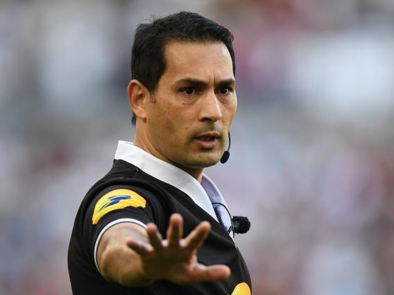 Rugby - Arbitrage - L'ancien arbitre Salem Attalah : «Une blague, c'est une façon d'évacuer»