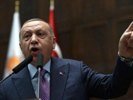 """La Turquie ne fera pas """"le moindre pas en arrière"""" à Idleb, affirme Erdogan"""