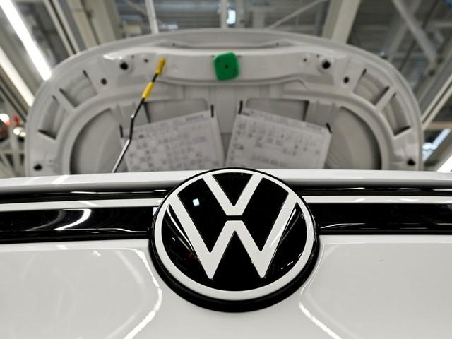 Volkswagen: Le bénéfice d'exploitation a chuté de près de moitié en 2020
