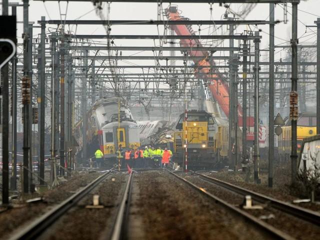 Catastrophe ferroviaire de Buizingen: la SNCB croit en l'innocence du conducteur de train