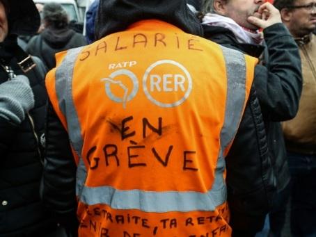 Au 40e jour de grève, des agents RATP toujours mobilisés s'interrogent sur l'après