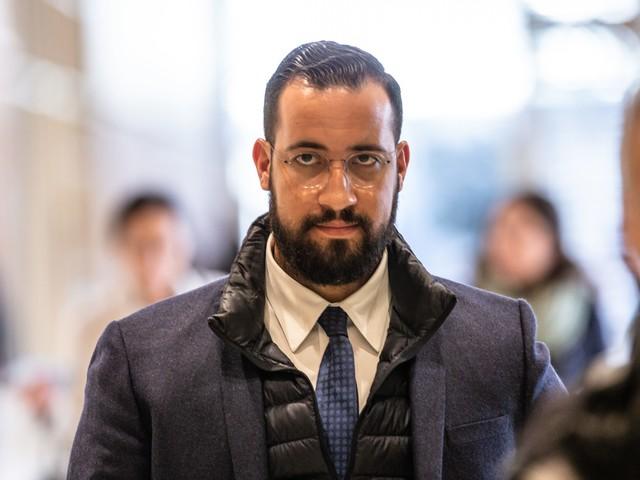 """Grève SNCF : Alexandre Benalla s'en mêle et tacle """"les privilégiés"""""""