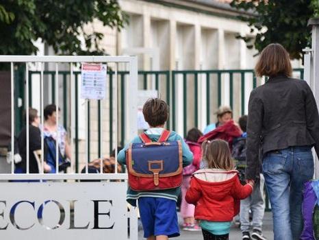 """Semaine de 4 jours d'école: un """"Plan mercredi"""" pour occuper les enfants"""