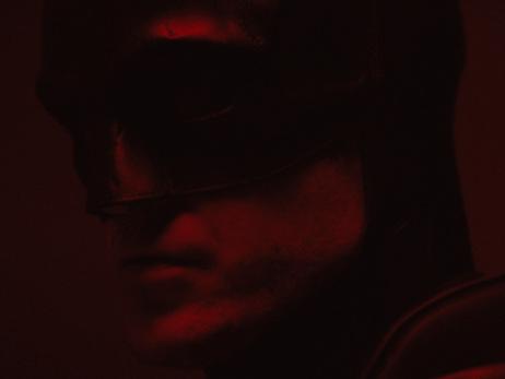 ALERTE : Voici un premier aperçu de Robert Pattinson dans le costume de Batman