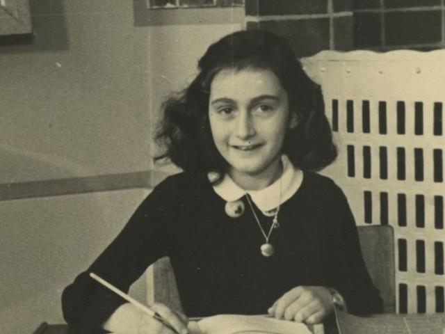 """""""Le journal d'Anne Frank"""", un livre qui fait toujours écho aujourd'hui"""