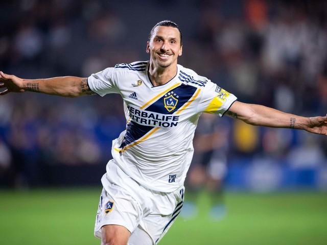 Et pendant ce temps-là, Zlatan s'offre un club de l'elite !