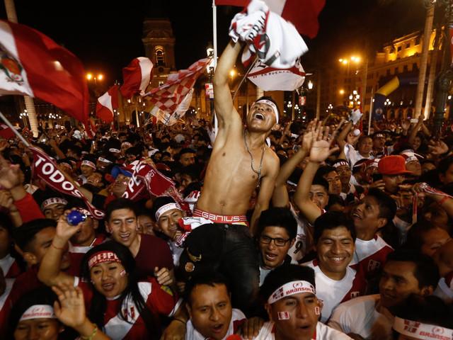 Jour férié au Pérou pour sa première qualification en Coupe du monde de foot en 36 ans