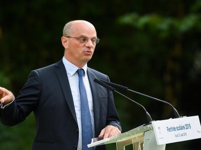 300 euros d'augmentation pour les enseignants : la belle annonce de Blanquer qui ne vient pas de Blanquer