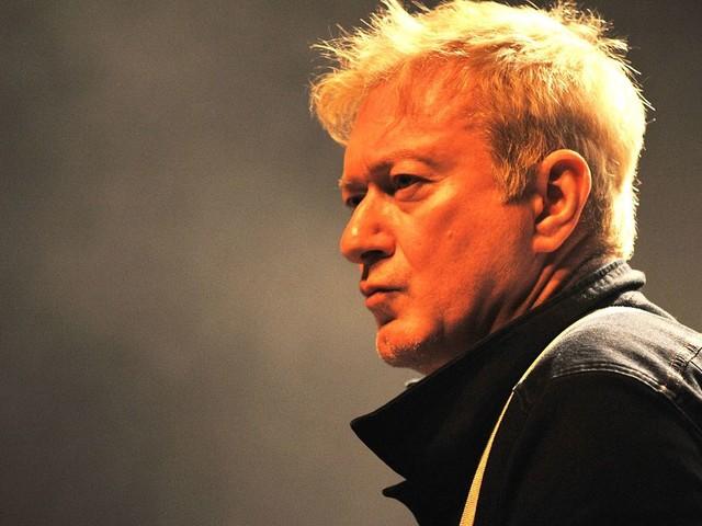 Éloge d'Andy Gill (Gang of Four), son influence sur les Pixies, Red Hot Chili Peppers et les autres