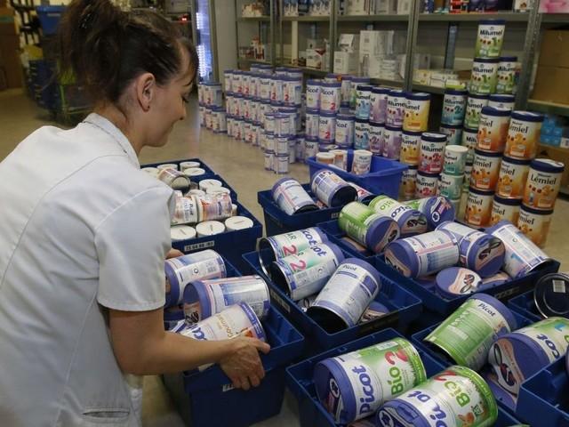 Lait contaminé : Lactalis, l'Etat et les distributeurs, des failles à tous les niveaux