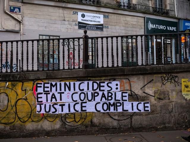 """L'État en procès pour """"faute lourde"""" après un féminicide"""