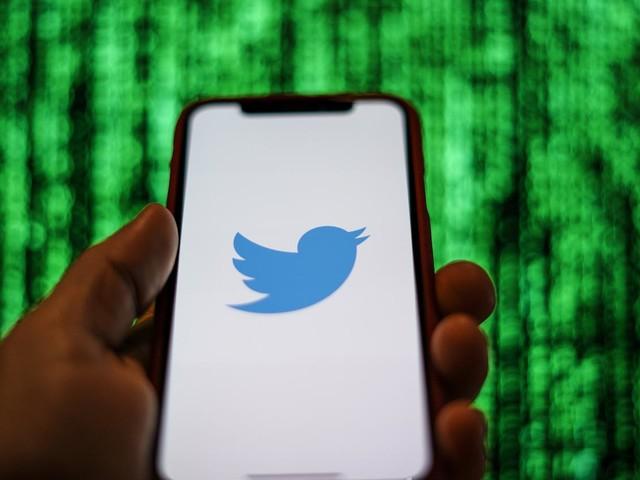 Etats-Unis : deux ex-employés de Twitter inculpés pour espionnage au profit de l'Arabie Saoudite
