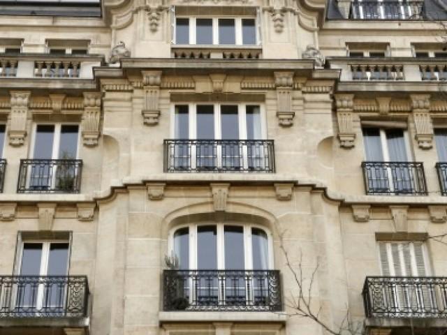 Immobilier ancien: les prix grimpent à Paris
