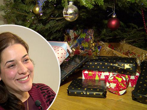 """Cette psychologue explique pourquoi le déballage des cadeaux de Noël est un moment """"de grande tension et de stress"""" (vidéos)"""