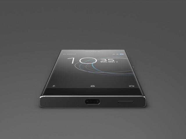 Free Mobile : baisse de prix du Sony Xperia XA1 et nouvelle couleur pour le Moto e⁴