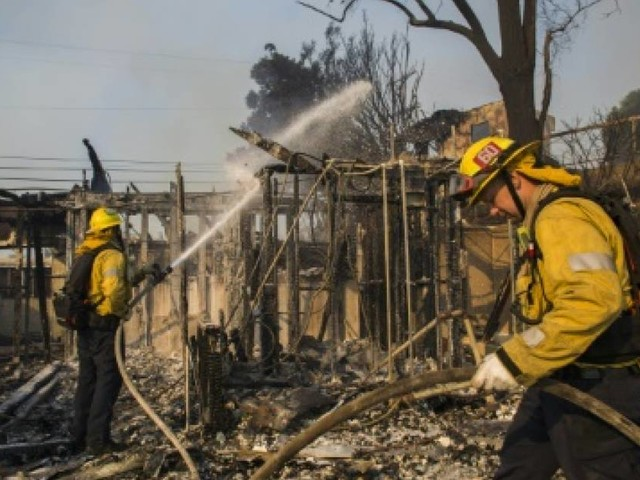 Incendies en Californie: les quartiers chics de Los Angeles touchés