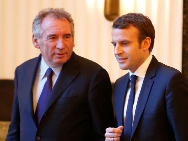 François Bayrou favorable au regroupement de toutes les élections locales