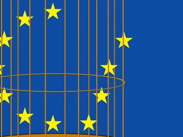 15 ans après le non à la Constitution européenne, la démocratie est toujours confinée