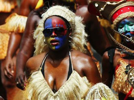 Les trois antennes de Guadeloupe La 1ère se mettent au couleur du Carnaval