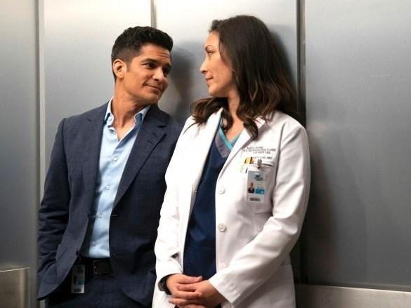 """Retour de """"Good Doctor"""" sur TF1 : les docteurs Melendez et Lim passent la saison 2 au scanner"""