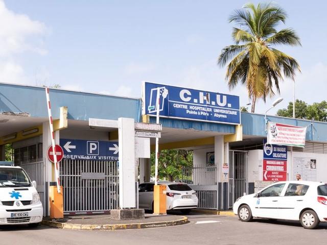 Covid: en Guadeloupe, des élus demandent le report de la rentrée scolaire