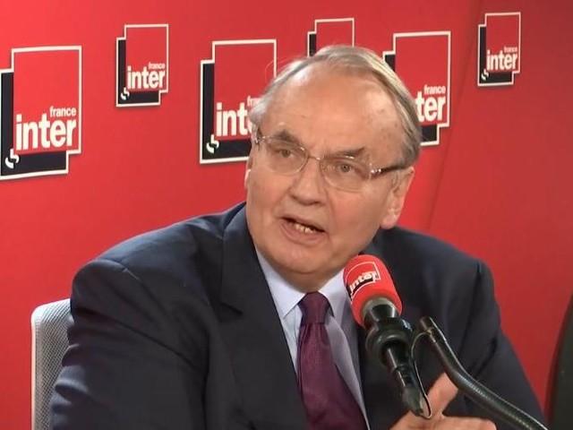 """Commission européenne : le candidat """"qui s'imposerait serait Michel Barnier"""", juge Jean-Louis Bourlanges"""