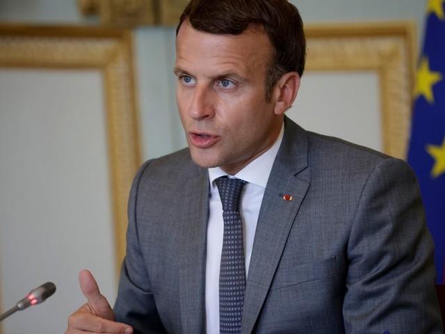 Covid aux Antilles et pass sanitaire: Macron réunit un Conseil de défense