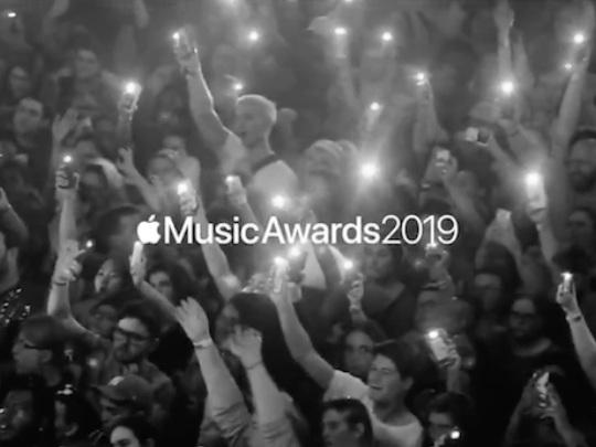 Face à Spotify, Apple Music mise de nouveau sur la diffusion de concerts