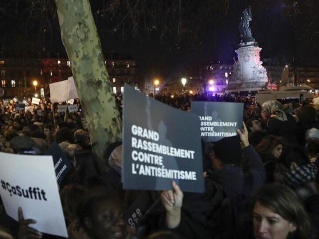 À Paris, l'agression antisémite d'un père de famille indigne