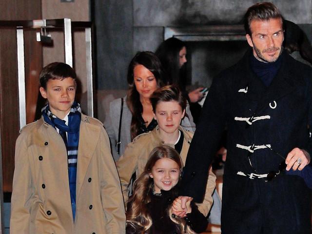 David Beckham réagit aux critiques après qu'il a embrassé sa fille sur la bouche