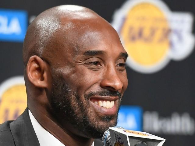 """Kobe Bryant est mort dans un accident d'hélicoptère, selon """"TMZ"""""""
