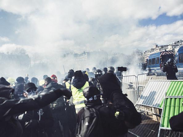 """Casse, démocratie, haine anti-flics : plongée dans la pensée """"black bloc"""""""