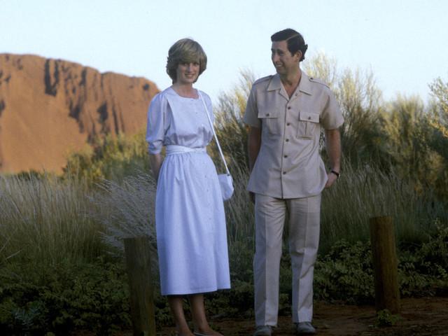 Série : Un premier cliché du prince Charles et de Lady Diana dans « The Crown » dévoilé
