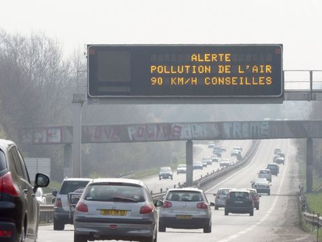 Marseille installe un radar de pollution pour informer les conducteurs sur leurs émissions