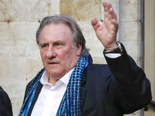 """Depardieu, mis en examen pour """"viols"""": caméra et messages troublants"""