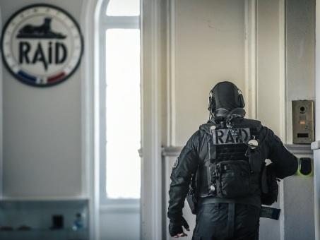 Explosifs découverts à Epinal: le parquet antiterroriste se saisit, deux interpellations