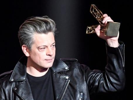 Musique: Benjamin Biolay et Pomme remportent les Victoires de la musique