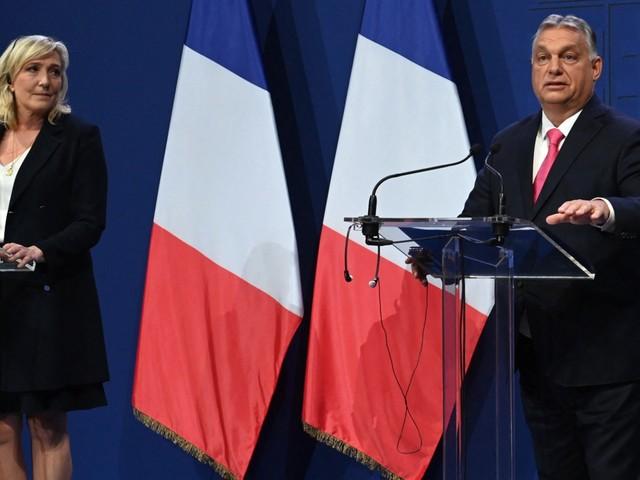 A Budapest, Marine Le Pen soutient Orban et critique l'UE
