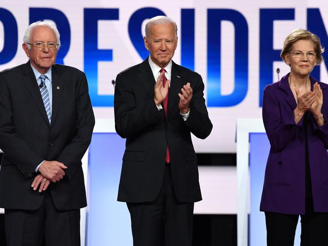 """L'arrivée tardive de candidats démocrates, signe d'une """"angoisse"""" face à Trump"""