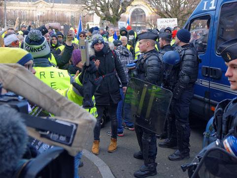 Brève - Violences policières ? Circulez, il n'y a rien à voir