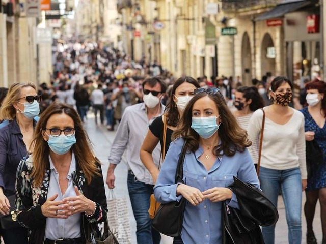 Port du masque obligatoire à Bordeaux : de vives réactions sur les réseaux sociaux