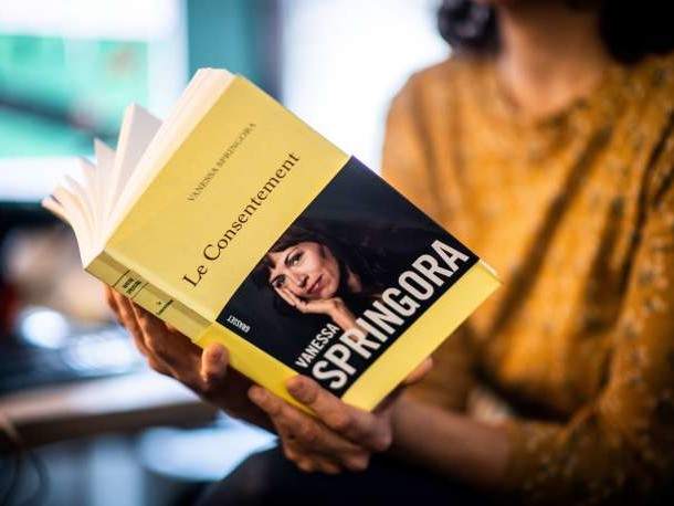 Affaire Matzneff: Vanessa Springora «contente de la prise de conscience»