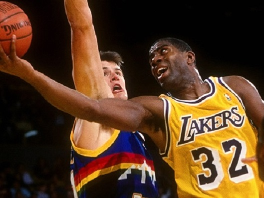 Il y a 28 ans, Magic Johnson battait son record de passes décisives