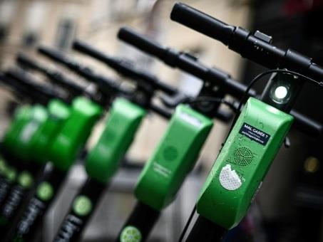 A Paris, les trottinettes jouent la carte verte