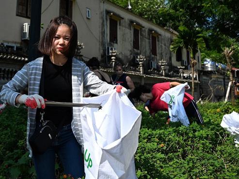 Les habitants de 163 pays nettoient la planète simultanément: 60 tonnes de déchets ramassés... rien qu'en Belgique (photos)