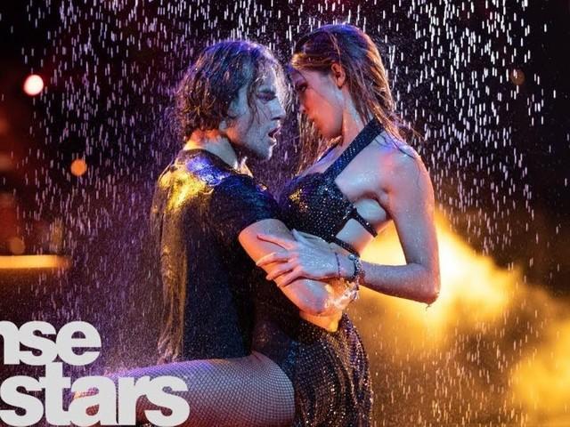 """""""DALS"""": Les danseurs tombent-ils forcément amoureux de leur partenaire?"""