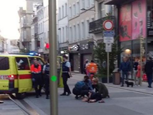 Collision entre deux trottinettes hier soir à Bruxelles: un jeune homme de 25 ans gravement blessé
