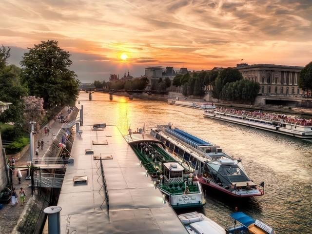 A Paris, des croisières gratuites sur la Seine pour les enfants pendant les vacances de Toussaint