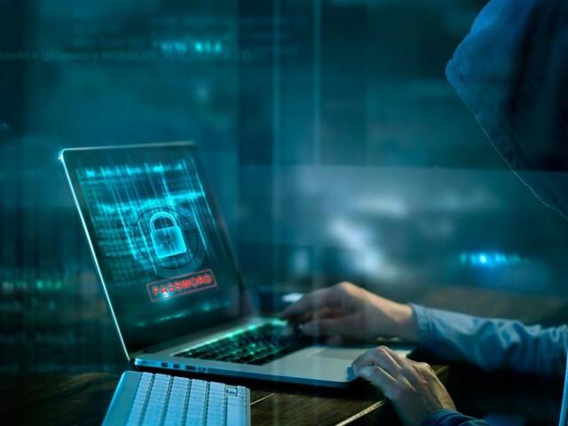Tanger: Arrestation de trois individus membres d'un réseau criminel d'escroquerie via internet
